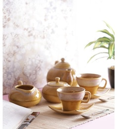 Vareesha Yellow Stoneware Tea Pot With Cups - Set Of 7