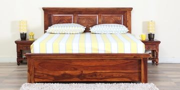 Vayaka Queen Size Bed  With Box Storage In Honey Oak Finish