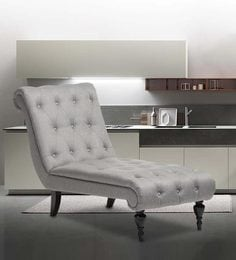 Victorian Tufted Chaise In Grey Colour