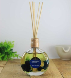 Walk In The Wood Surround Reed Diffuser