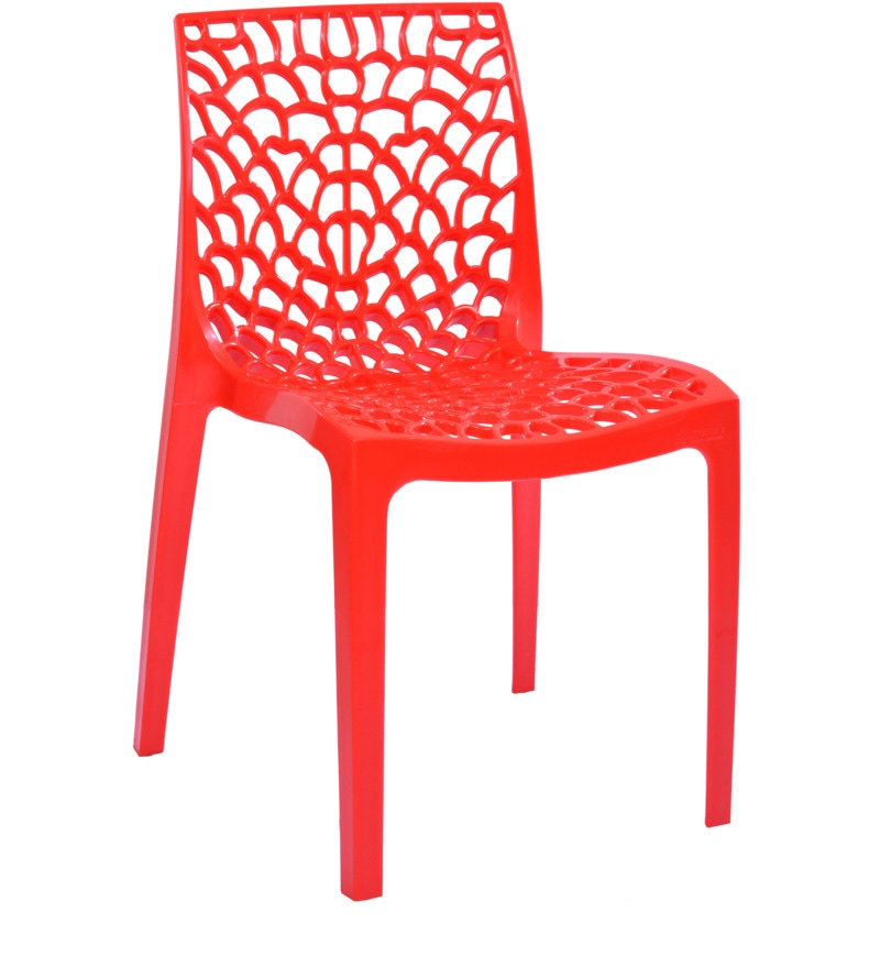 Supreme Plastic Dining Table And Chair