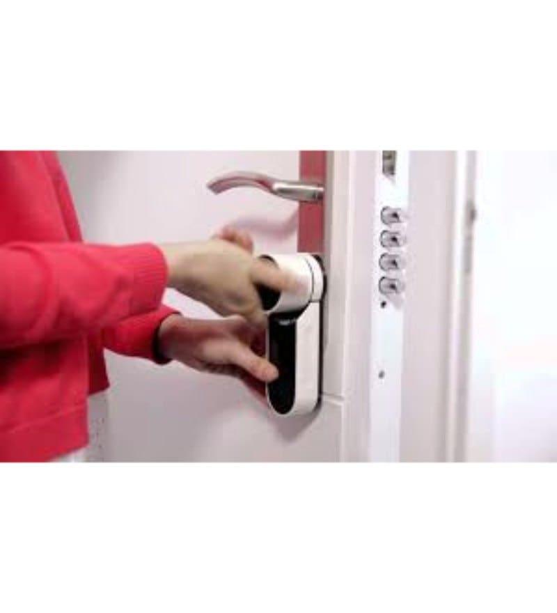 Yale Digital Door lock with Bluetooth Unlocking Mechanism