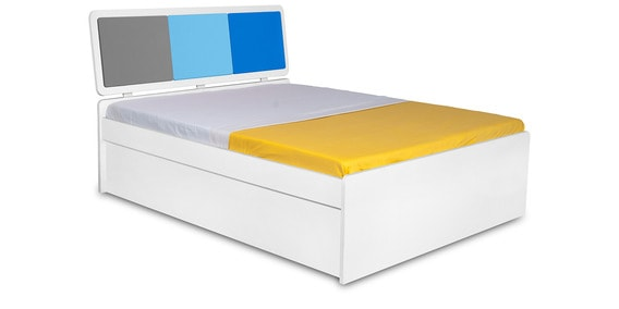 Young America Kids Single Bed In Multicolor By Alex Daisy